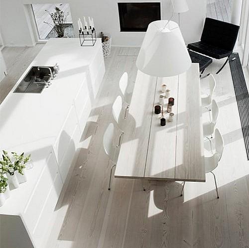 Unikt hvid laminat køkken